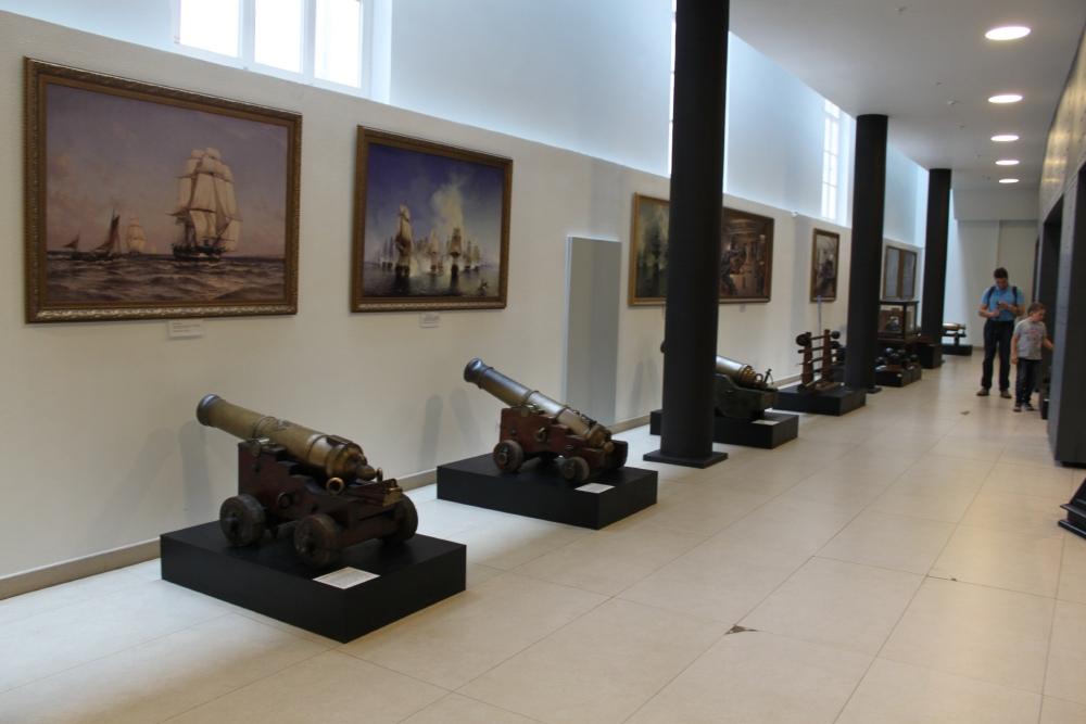 Корабельные пушки