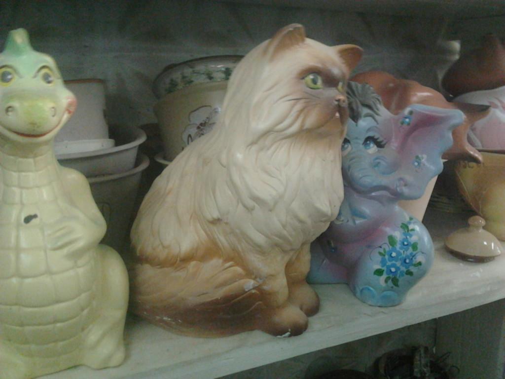 Глиняная кошка